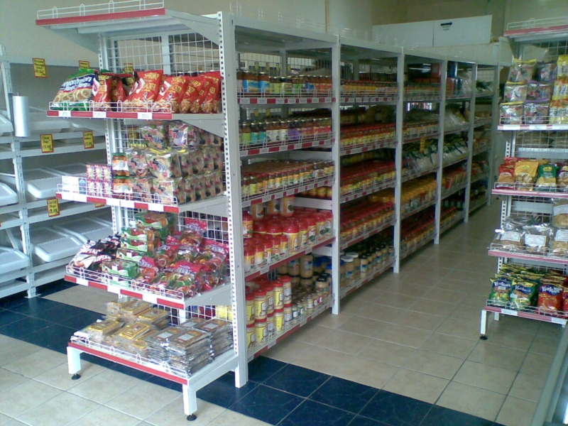 Supermarket shelving for grocery store